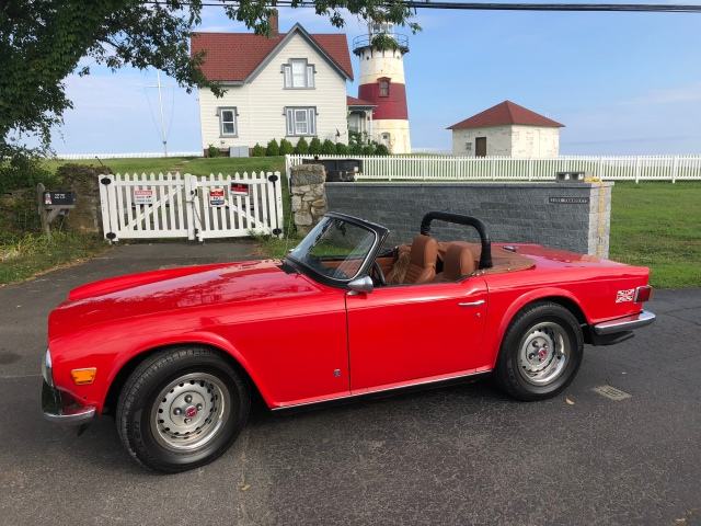 red tr6